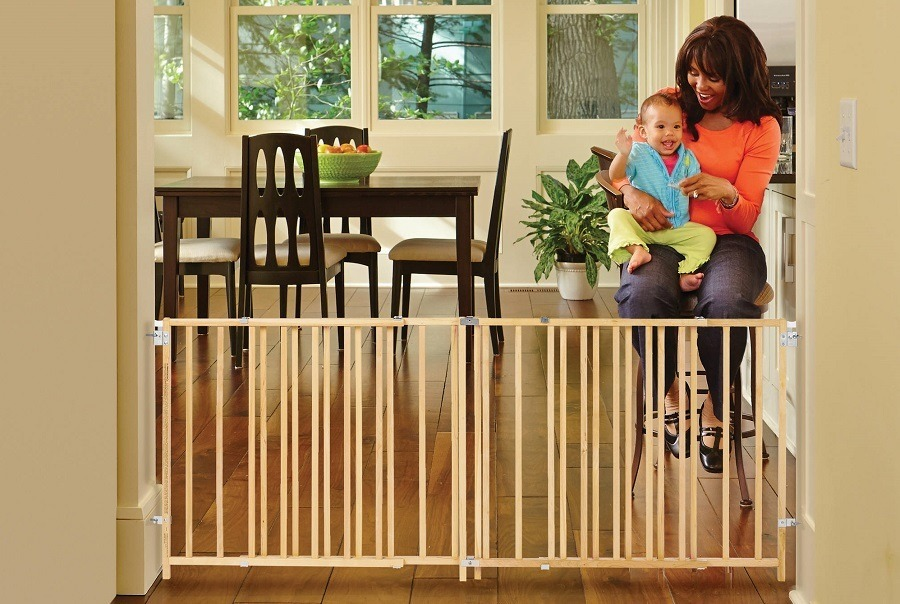 Child Care: A Guide On Baby Gates